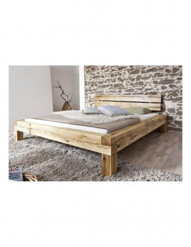posteľ z dubového dreva