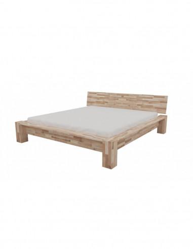 posteľ z kartáčového dreva