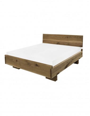 posteľ zo smrekoveho dreva